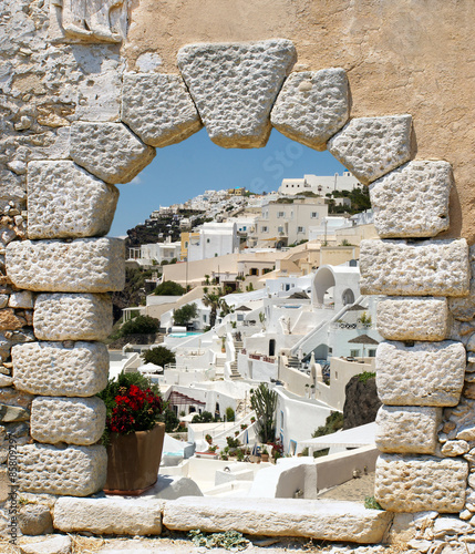 tradycyjna-architektura-miejscowosci-oia-na-wyspie-santorini-grecja