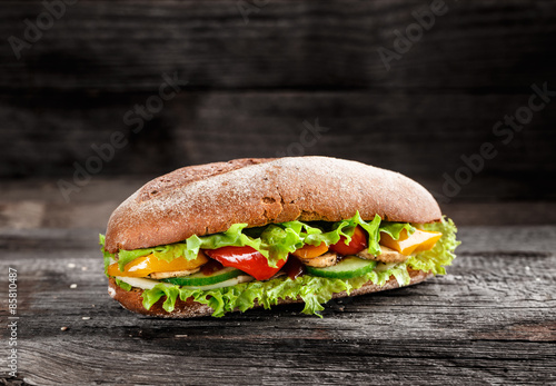 Staande foto Snack Sandwich with vegetables
