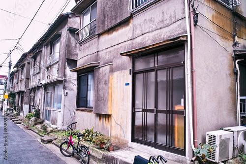Fotografie, Obraz  日本の古いアパート