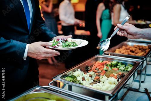 Fototapeta warme speisen buffet
