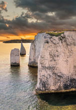 Old Harry Rocks In Sunset Chal...
