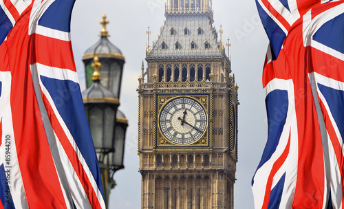 Fotobehang Londen Big Ben in London and English flag