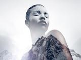 czarna kobieta pokryta podwójnym białym proszkiem z mocowaniem - 85978023
