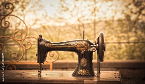 Fotografie, Obraz  L'antica macchina da cucire