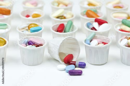 Fotografia Paper Pill Cups