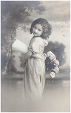 Old Photo Portrait Of Young Wo...