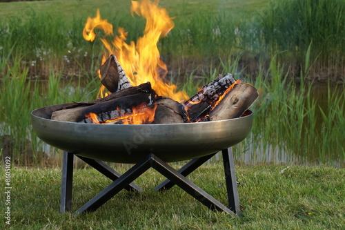 Obraz Feuerschale - Feuertopf - fototapety do salonu