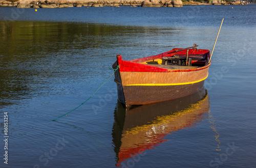 Photo  Canoa ancorada