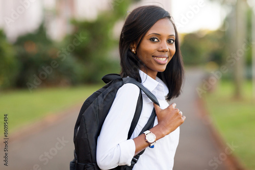 Fotografia  female college student going to school