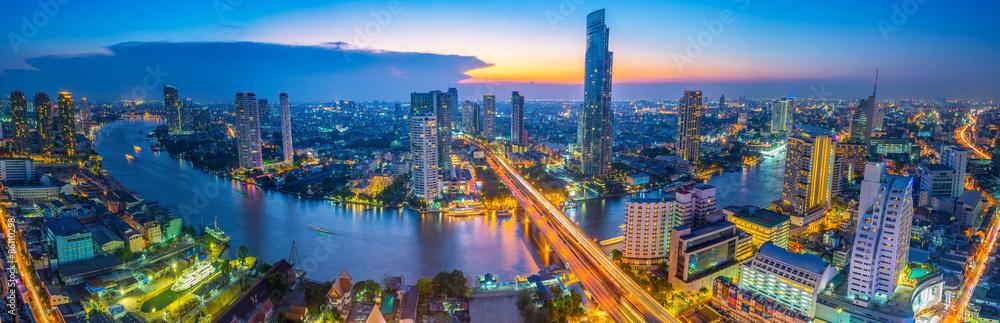Fototapety, obrazy: Landscape of river in Bangkok cityscape in night time