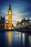 Fototapeta Londyn - Famous Big Ben tower in London at sunset