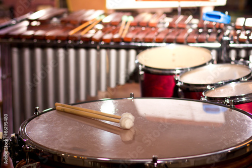 Leinwand Poster Percussion instruments in a chamber hall. Drums. Marimba. Bass