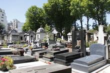 Tombes Juives Du Cimetière De Passy à Paris