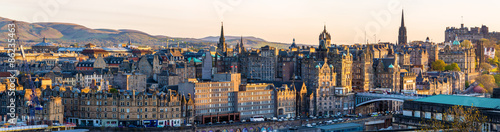 Fotografia Panorama of the city centre of Edinburgh - Scotland