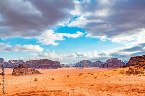 Spoed Foto op Canvas Zandwoestijn Jordanian desert in Wadi Rum, Jordan.