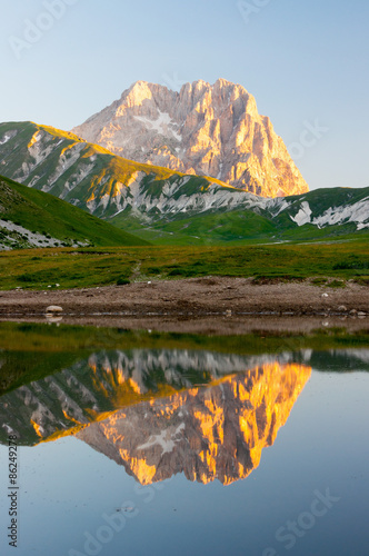 Canvas Prints Reflection Gran Sasso d' Italia Lago Pietranzoni