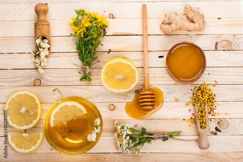 Photo  Set for herbal tea. Detox background.