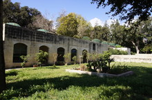 Jardins Du Palais Saint-Antoine