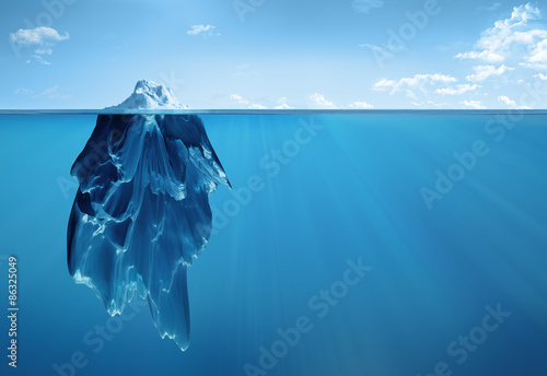 Photo sur Toile Glaciers iceberg underwater