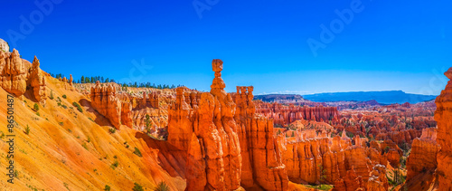 Canvas Panoramic view of beautiful Bryce Canyon National Park, Utah, USA