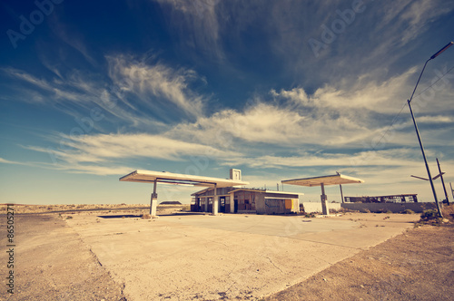 Foto op Aluminium Route 66 Abandoned Gas Station along the Route 66