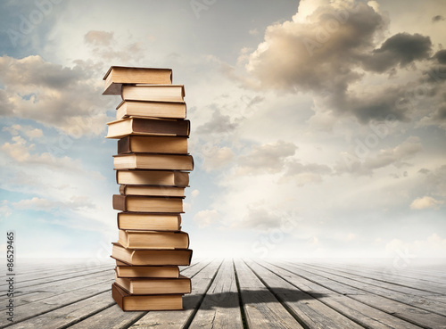Canvastavla Column of books