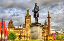 Statue Of Robert Peel In Glasg...