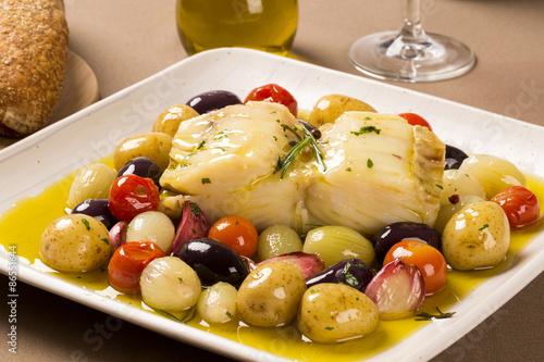 fototapeta na szkło Typowe danie z dorsza portugalski nazywane Bacalhau do Porto
