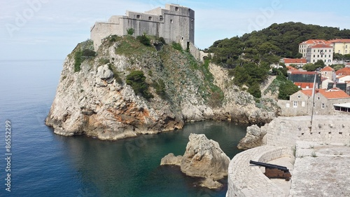 Photo  Dubrovnik Wall and City, Croatia