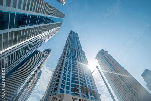 Fototapeta Wieżowce Tall Dubai Marina w Zjednoczonych Emiratach Arabskich