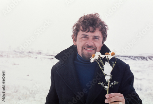Photographie  Vintage portrait of soviet gold-prospector  in tundra on Chukchi Peninsula, June
