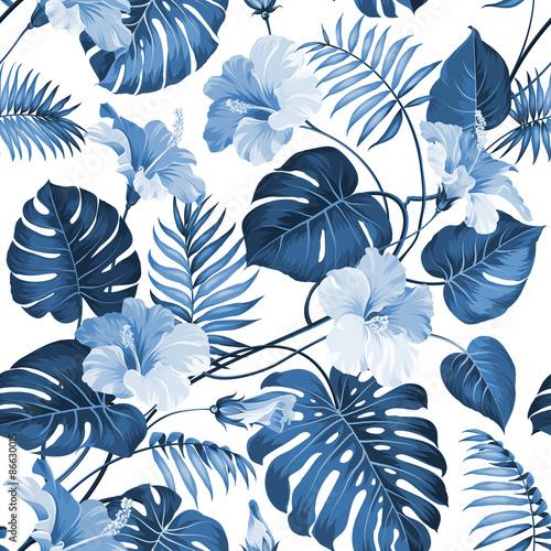 niebieskie-liscie-palmowe-i-tropikalne-kwiaty