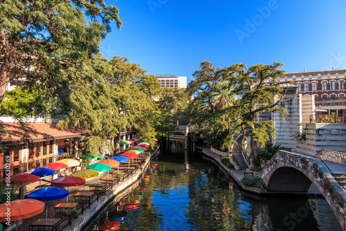 Aluminium Prints Texas SAN ANTONIO, TEXAS, USA - SEP 27: Section of the famous Riverwalk on September 27, 2014 in San Antonio, Texas. A bustling place with many restaurants and bars.