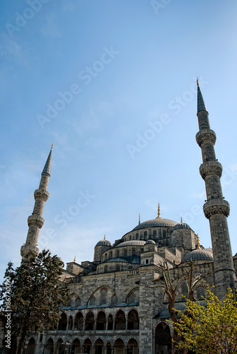 Photo  The Blue Mosque, (Turkish: Sultanahmet Camii), Istanbul, Turkey.