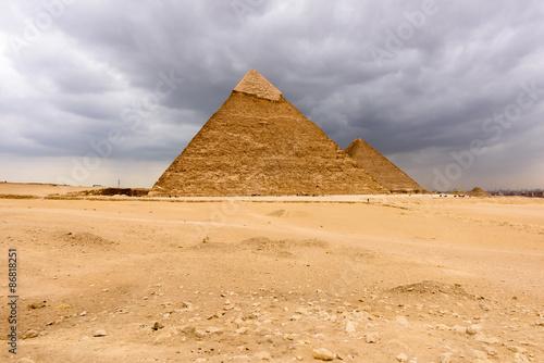 In de dag Egypte Great Pyramids at the Giza Necropolis, Giza Plateau, Egypt. UNESCO World Heritage