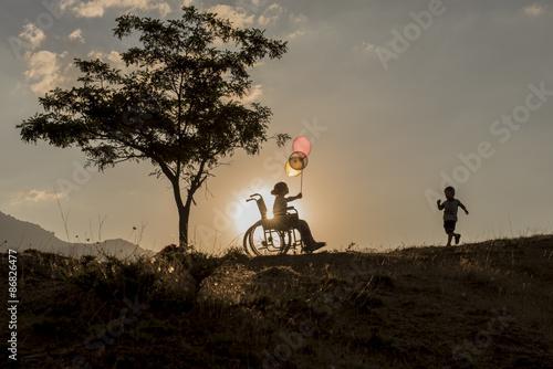 Fényképezés  engelli çocuk ve kardeş sevgisi