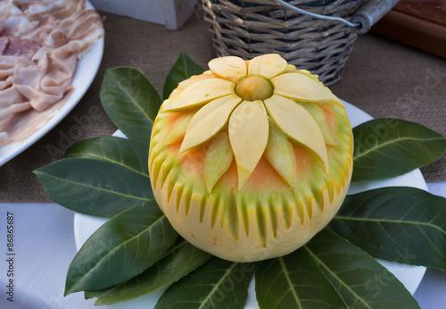 Fotografering  melone intagliato
