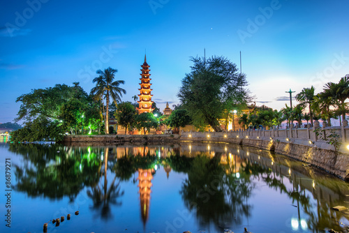 Photo  Tran Quoc pagoda