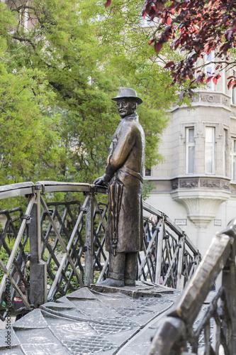 Papiers peints Artistique Monument to Imre Nagy