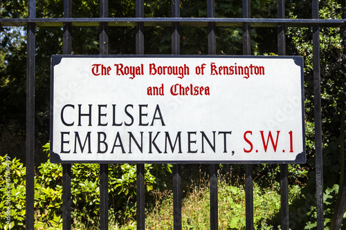 Photo  Chelsea Embankment Street sign