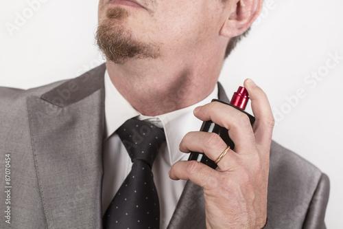 Fotografía  Hombre con perfume