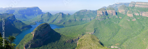Photo Stands Olive Blyde River Canyon and The Three Rondavels