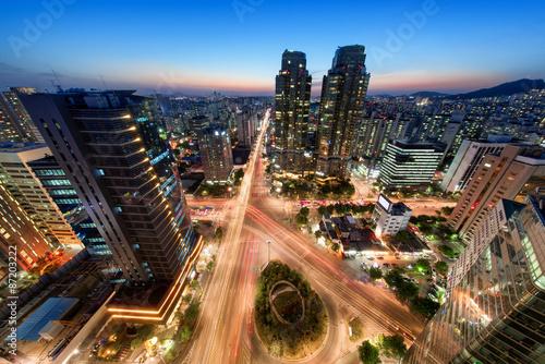 Straßenkreuzung in Seoul Südkorea