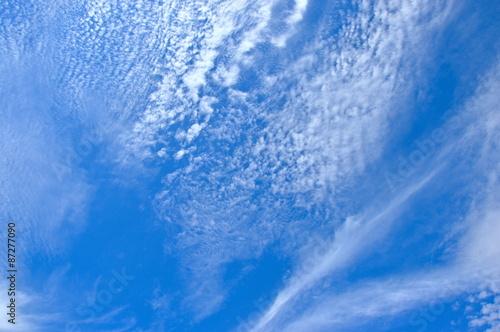 blekitne-czyste-niebo