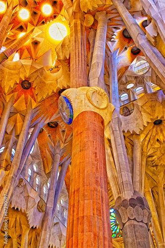Ceilings and columns of the Sagrada Familia Cathedral in Barcelo - 87290097