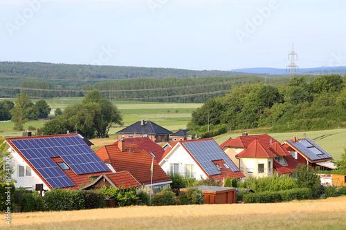 Zdjęcie XXL Obszar rozwoju z dachami słonecznymi