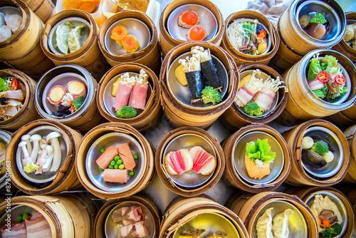 Photo  yumcha, dim sum in bamboo steamer, chinese cuisine