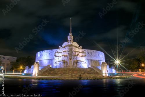 Fotografie, Obraz Monumento a la patria, Mérida, Yucatán, México
