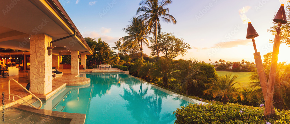Fototapety, obrazy: Luxury Home with Pool at Sunset