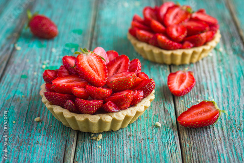 Fototapeta  Tart with fresh sweet strawberry